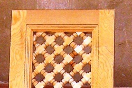 le moucharabieh grillage en bois r novation du riad. Black Bedroom Furniture Sets. Home Design Ideas