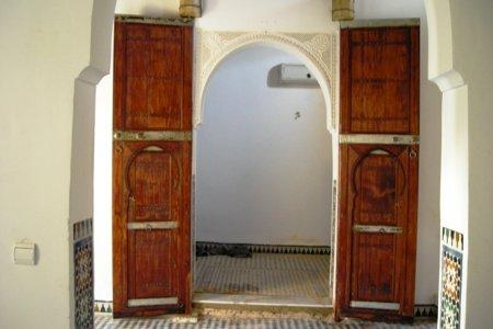 La teinte des portes du salon de la suite Fes.jpg